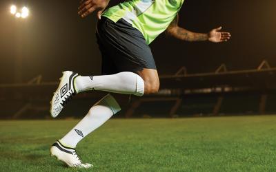 VELOCITA 4: El taco de futbol que está a punto de ser prohibido.